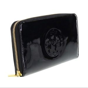 Tory Burch Stack Patent Zip Continental - NWT